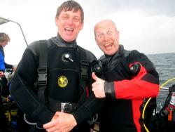 These crazy Yorkshire BSAC divers came down.